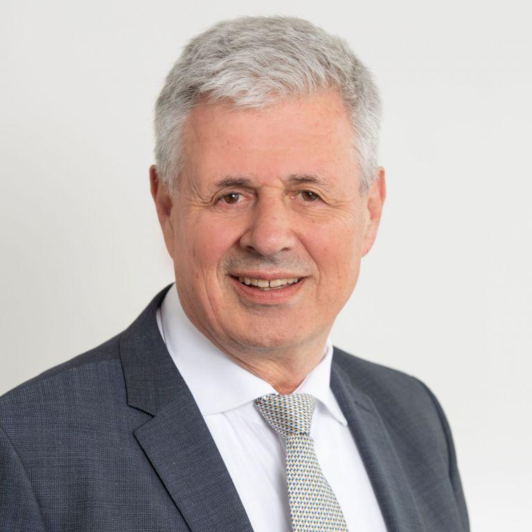 Adrian Suter